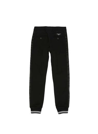 Neil Barrett Neil Barrett  Normal Bel Erkek Çocuk Jogger Pantolon 101581195 Siyah